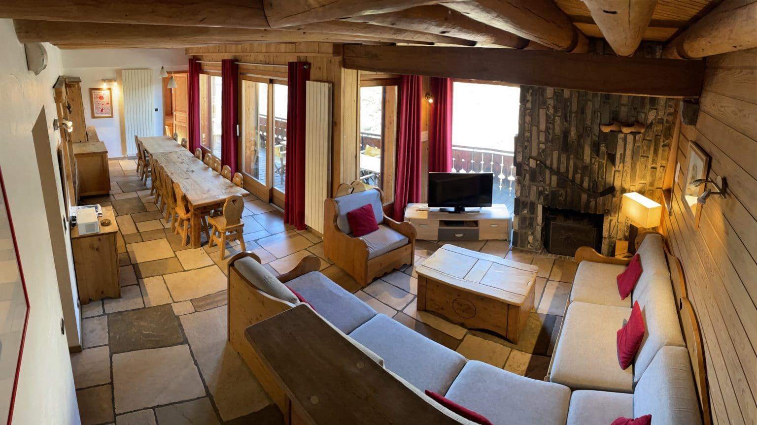 Grand chalet de montagne de plus e 180m² pour vos vacances à la montagne